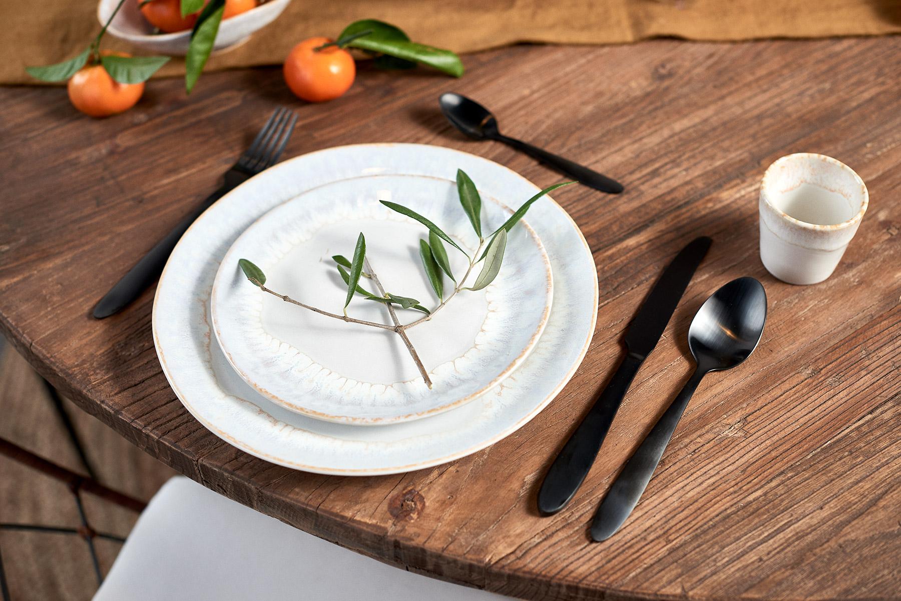 Prezentace kameninových talířů
