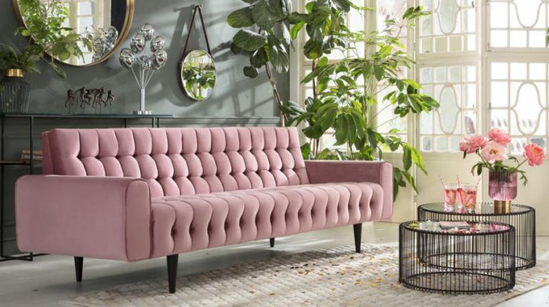 Sofa w romantycznym stylu